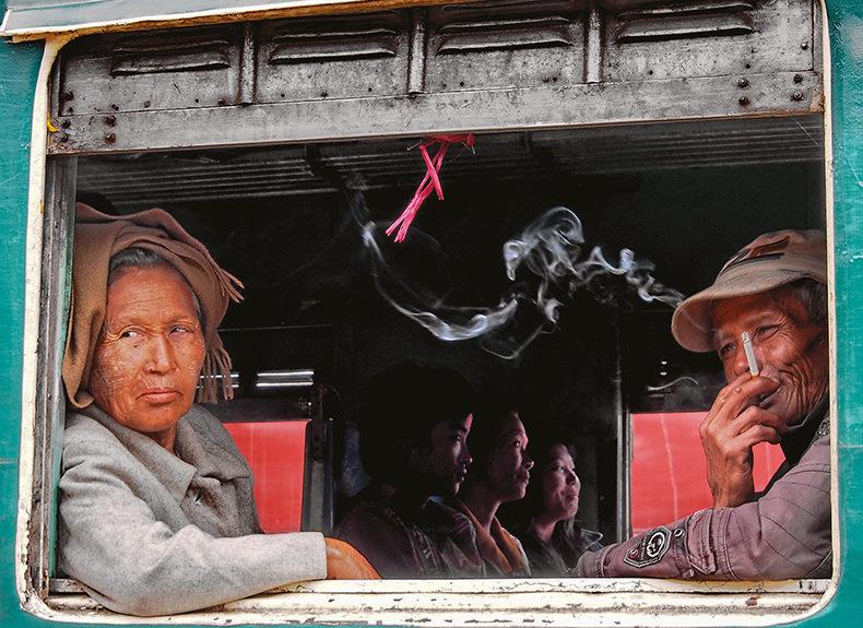 Birmanie : tour de manège