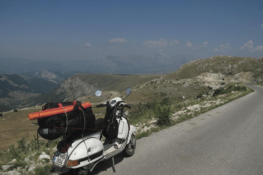 Istanbul – France : 27 jours à Vespa