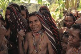 Très loin, en Papouasie