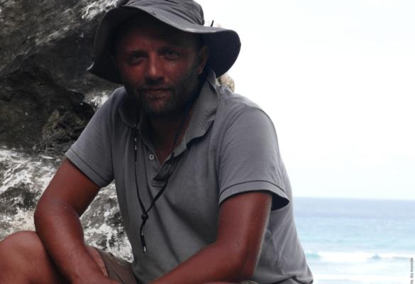 Stéphane Dugast - auteur - bouts du monde