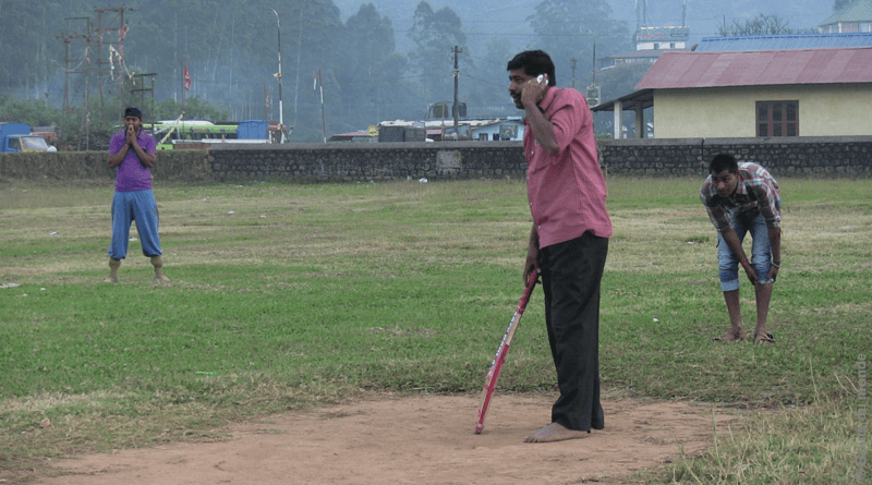 Inde : do you play cricket ?