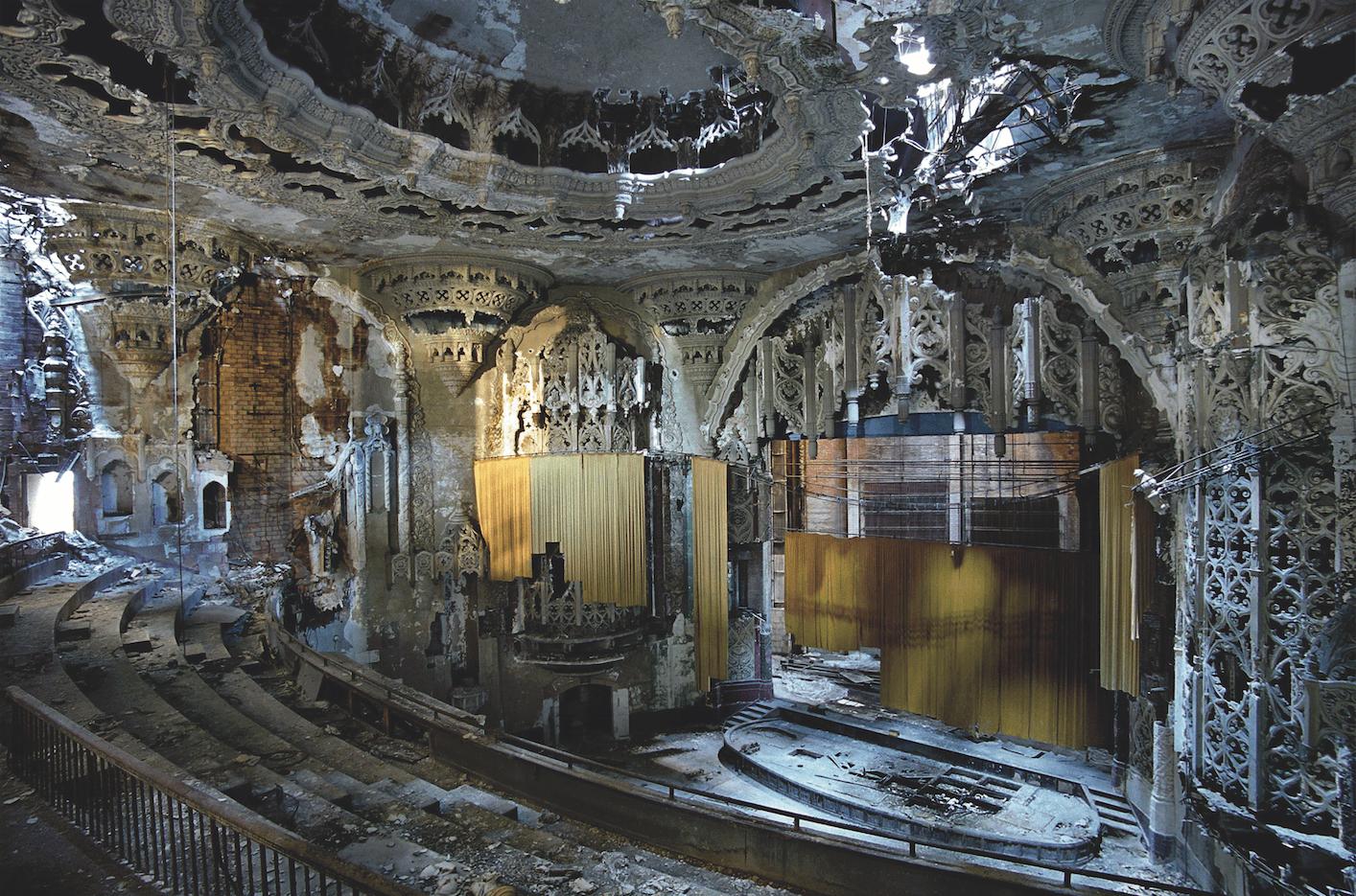 Carnet de voyage : Les Ruines de Detroit - Yves Marchand et Romain Meffre - Bouts du monde